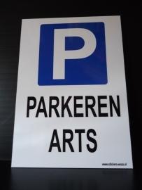 "Kunststof  bord met opdruk  ""P"" + ARTS - Art.nr.0026"