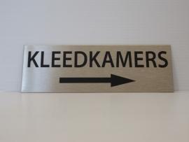 """RVS deurplaatje, opschrift """"KLEEDKAMERS"""" +pijl rechts 15x5cm"""
