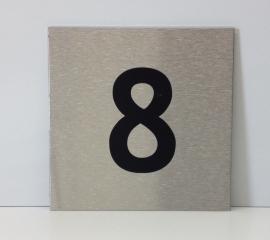 RVS deurplaatje, met nummer 8 - formaat 9 x 9 cm
