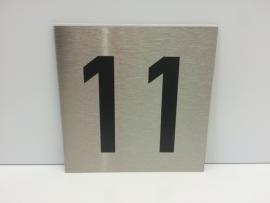 RVS deurplaatje, met nummer 11 - formaat 9 x 9 cm