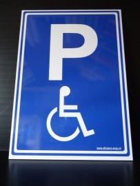 "Trespa bord met opdruk  ""P"" + pictogram mindervaliden"