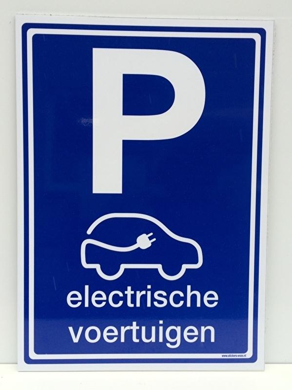 """Kunststof bord met opdruk """"P"""" electrisch laden + pictogram - Art.nr. EF102"""
