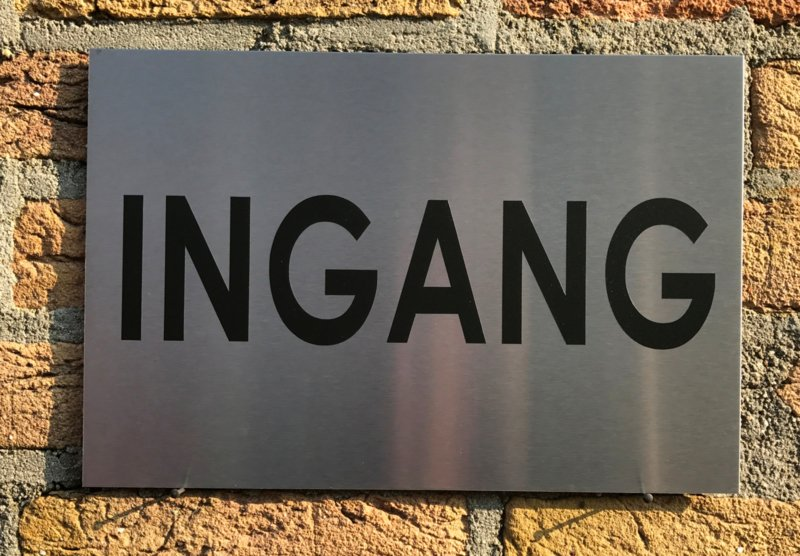 RVS buitenbord met opschrift 'INGANG' 30 x 20 CM