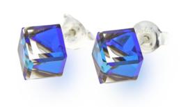 Stevige Blauwe Swarovski Kubus Oorstekers van Spark Jewelry