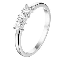 Witgouden Ring met Drie 0,3crt. Diamanten