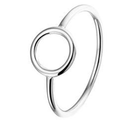 Slanke Gerhodineerd Zilveren Ring met Opengewerkt Rondje / maat 19