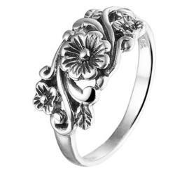 Geoxideerd Zilveren Ring met Decoratief Bloemen Kopstuk