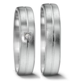 Stijlvolle Trouwringen Set van Gescratcht Zilver met Vierkante Diamant