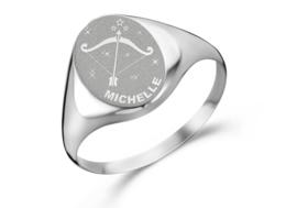 Zilveren Zegelring Ovaal met Horoscoop en Naam | Names4ever
