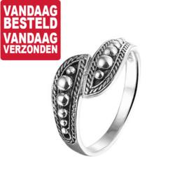 Ring met Geoxideerd Zilveren Uiteinden / Maat 17mm