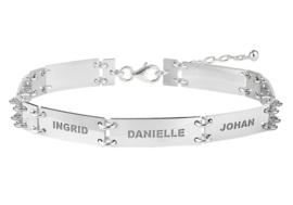 Names4ever Zilveren Armband met Rechthoekige Naamplaatjes ZNA58