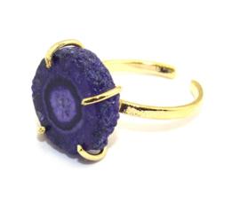 Ring met Paarse Solar Quartz Natuursteen van Sujasa