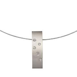 Zilverkleurig Collier met Langwerpige Hanger met Zirkonia's van M&M