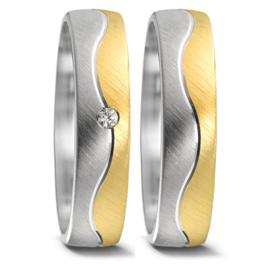 Matte Zilveren Trouwringen Set en Diamant