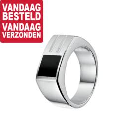 Ring met Rechthoekige Voorkant en Onyx Steen / Ringmaat 22