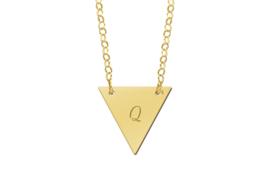 Names4ever Gouden Driehoekige Naamhanger met Ketting GMNH008