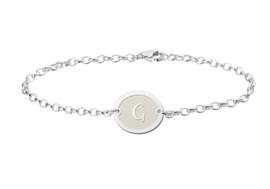 Names4ever Zilveren Names4ever Armband met Ovaalvormige Letterhanger