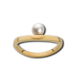 Goudkleurige Ring van Edelstaal met een Witte Zoetwaterparel van M&M