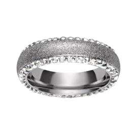 Zilverkleurige Ring met Gediamanteerd Oppervlak van M&M