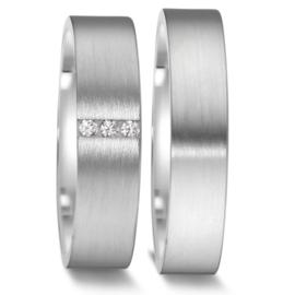 Vlakke Trouwringen Set van Mat Zilver met Drie Diamanten
