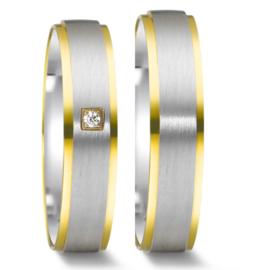Matte Zilveren Trouwringen Set met 9 Karaat Randen en Vierkante Diamant