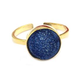 Goudkleurige Open Ring met Blauwe Agaat Druzy van Sujasa