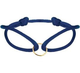 Donkerblauwe Armband van Satijn met Gouden Cirkel
