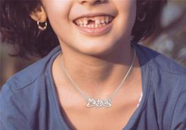 Names4ever Michelle Stijl Zilveren Naamketting voor Kids ZNK29