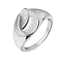 Zilveren Dames Ring met Gescratcht Rondgaand Kopstuk