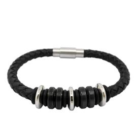 Zwart Leren Armband met Zwarte en Zilveren Bedels