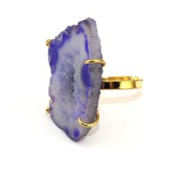 Goudkleurige Ring met Agaat Natuursteen van Sujasa