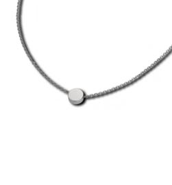Zilverkleurig Collier met Ronde Hanger van M&M