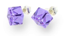 Stevige Paarse Swarovski Kubus Oorstekers van Spark Jewelry