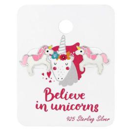 "Roze Eenhoorn Oorknoppen op Kaart ""Believe in unicorn"""