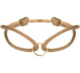 Caramel Armband van Satijn met Gouden Cirkel
