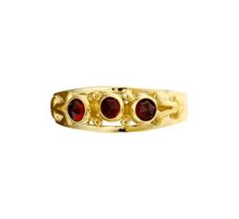 Vintage Ring met Drie Granaat Steentjes