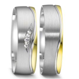 Matte Zilveren Trouwringen Set met Gepolijste 9 Karaat Rand en Diamanten
