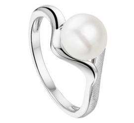 Gescratchte met Glanzende Ring van Zilver met Zoetwaterparel