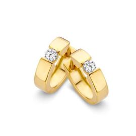 Excellent Jewelry Robuuste Geelgouden Creolen met Kleurloze Zirkonia