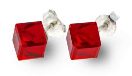 Stevige Rode Swarovski Kubus Oorstekers van Spark Jewelry