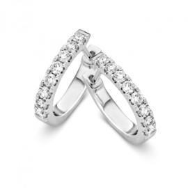 Excellent Jewelry Slanke Creolen van Witgoud met 0,75 crt. Diamanten