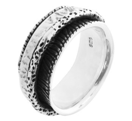 Donkere Gedecoreerde Fantasie Ring van Geoxideerd Zilver
