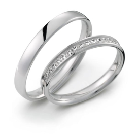 Dunne Gepolijste Trouwringen Set van Zilver met Rij Diamanten