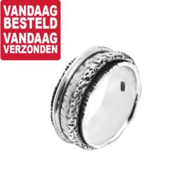 Rijkelijk Gedecoreerde Fantasie Ring van Geoxideerd Zilver / maat 16,5