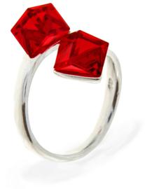 Zilveren Ring met Dubbele Rode Swarovski Kubus van Spark