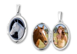 Ovaalvormig Zilveren Medaillon met Paard Camee - Names4ever