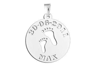 Names4ever Voetjes Zilveren Babyhanger met Naam en Datum