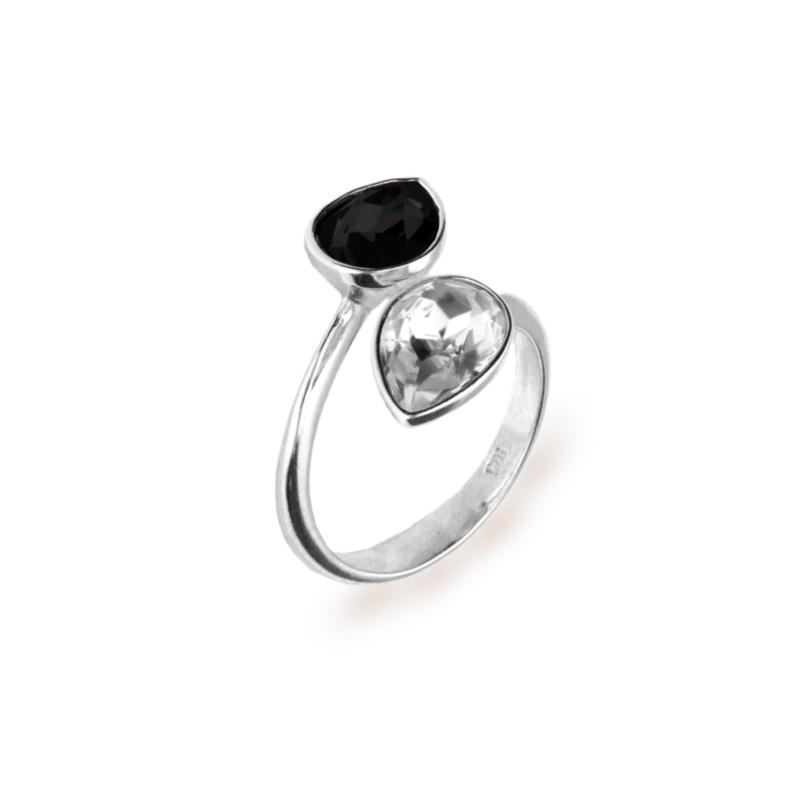 Zilveren Pear Drop Ring met Zwart en Wit Swarovski Kristal