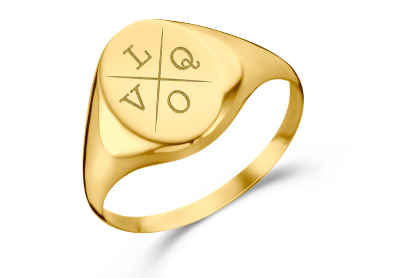 Ovale Gouden Zegelring met Vier Initialen | Names4ever
