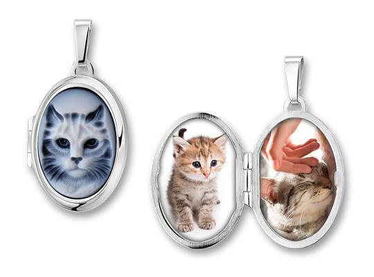 Een medaillon is een prachtige hanger waar aan de binnenkant ruimte is voor twee foto's van uw huisdier(en).
